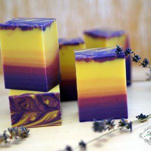 натурален сапун с етерично масло от лавандула