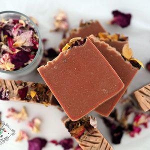 Rose soap - натурален сапун с рози